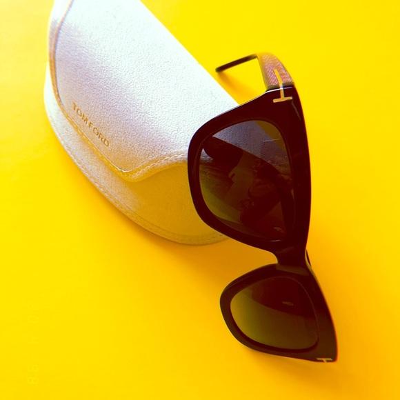 52336231d73 TOM FORD Celina Women s Sunglasses - NEARLY NEW!  M 5ada74cfdaa8f6392623b4c5. Other Accessories ...